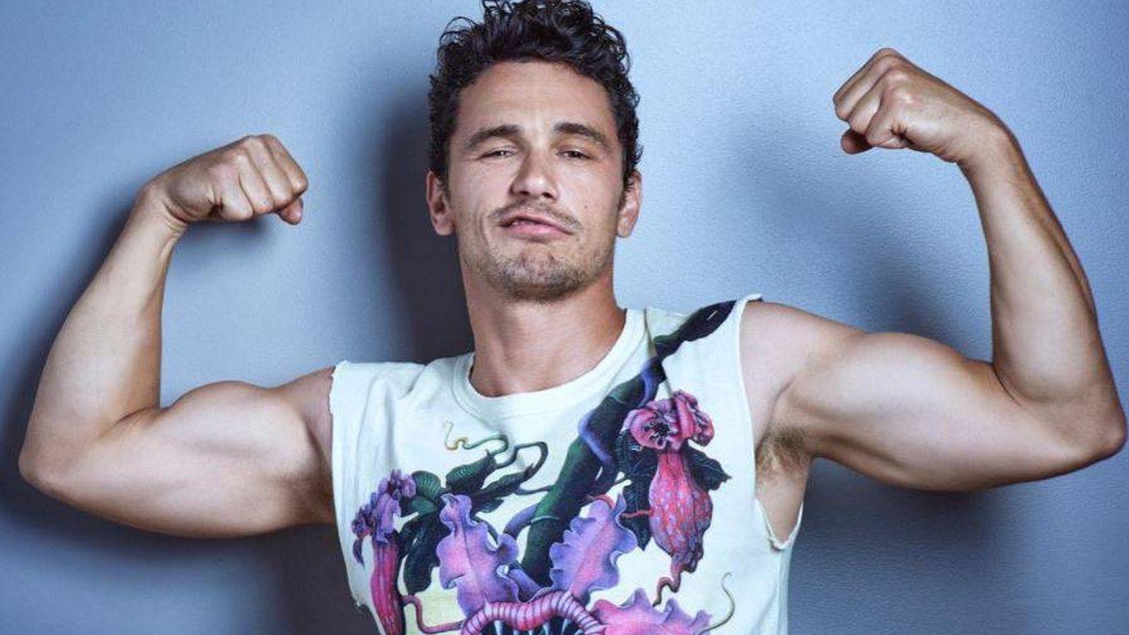 Foto: James Franco en una imagen de Gavin Bond para la revista 'Out'.