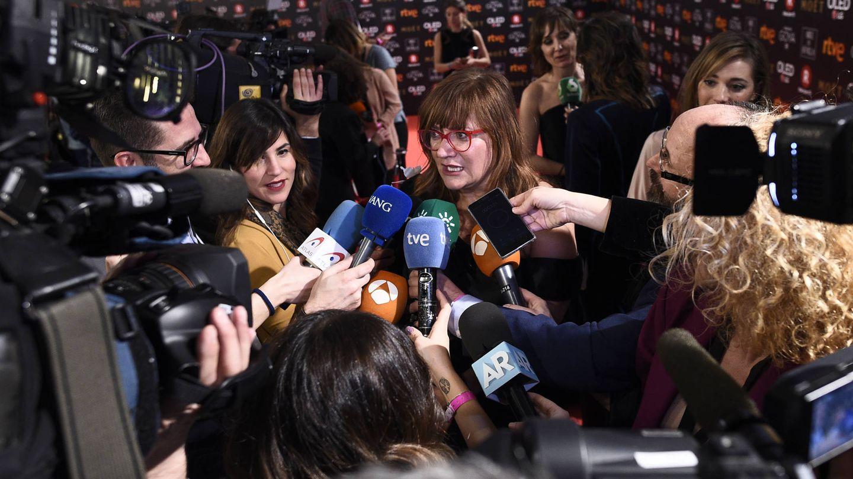 Momento agobio de Isabel Coixet en la sala de prensa. (Gtres)