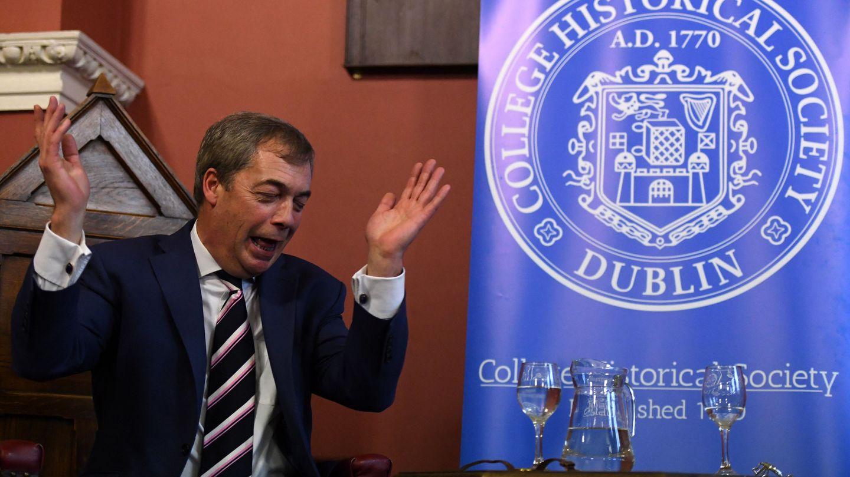 Nigel Farage durante su intervención en el Trinity College, en Dublín, Irlanda. (Reuters)
