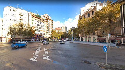 Provoca un accidente en Palma, escapa por la ventanilla y huye de la policía