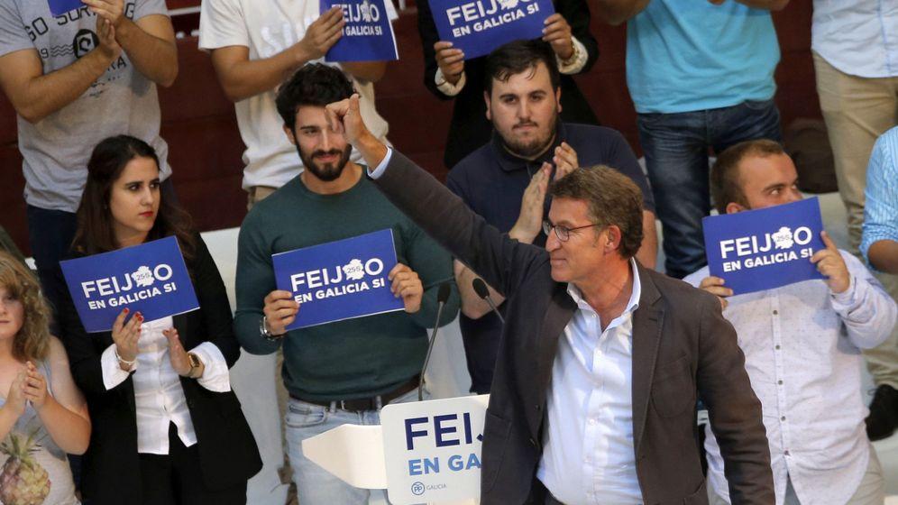Foto: Alberto Núñez Feijóo, durante su intervención en un mitin de campaña en las elecciones gallegas de 2016. (EFE)