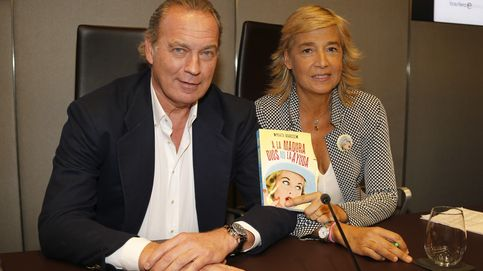 Bertín Osborne 'le tira los tejos' a Marta Barroso en la presentación de su libro
