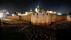 La Torre de Londres se ilumina con 10.000 velas encendidas a mano