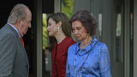 La (no) relación de la reina Letizia con sus suegros, los Reyes eméritos