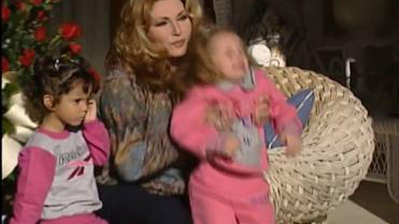Rocío Jurado, con su hija y su nieta. (Mediaset)