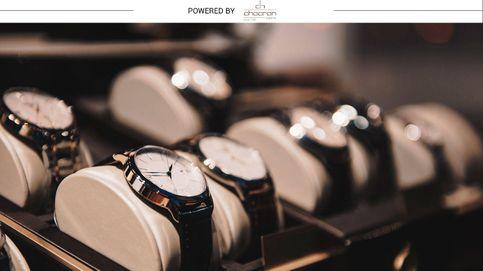 Nueve relojes de lujo (y un complemento) para regalar esta Navidad