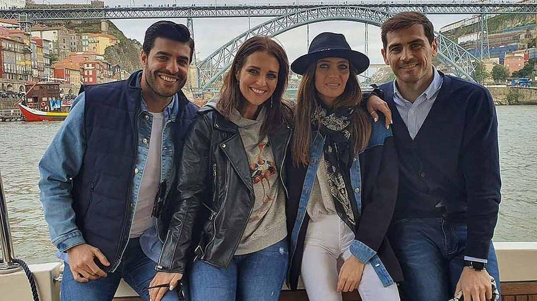 Sara, Iker, Paula y Miguel, inseparables en Oporto: reunión casera y turisteo