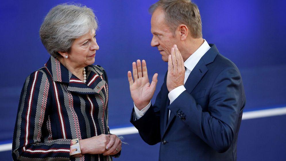 Foto: Theresa May y Donald Tusk. (EFE)