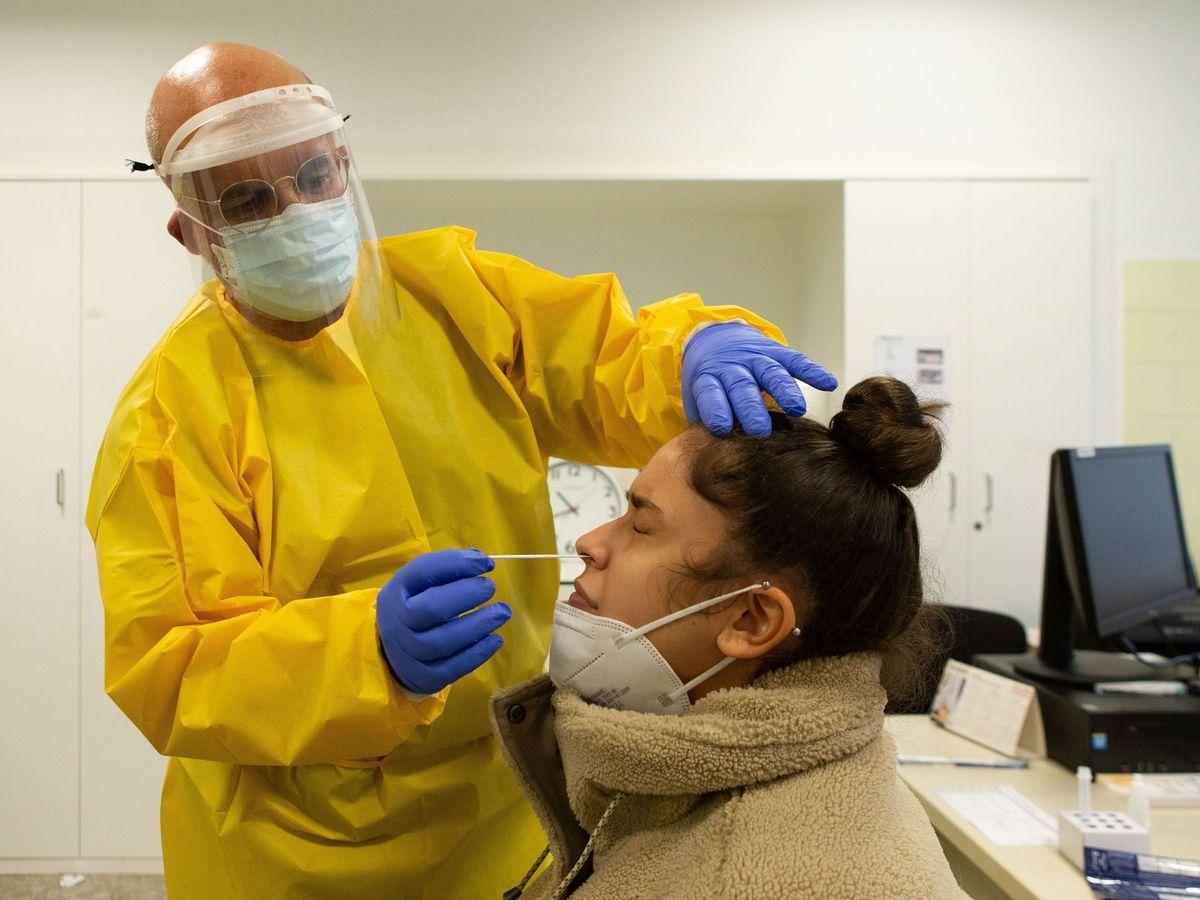 Foto: Medio millón de test rápidos de antigénicos covid-19 se comienzan a distribuir en cataluña
