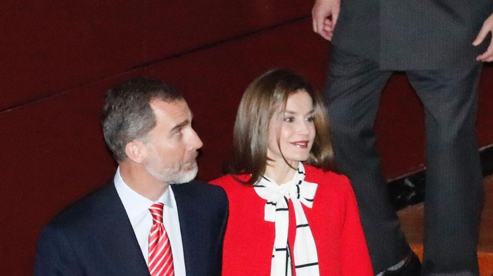 Foto: Los Reyes entregan las acreditaciones a los embajadores honorarios de la Marca España