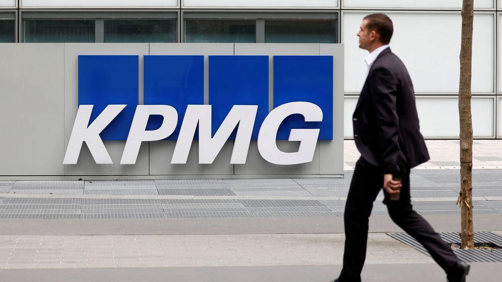 Foto: logo de KPMG