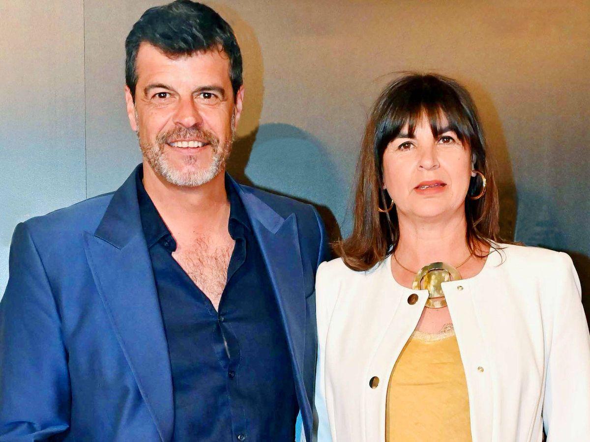 Foto: Andoni Ferreño, con su mujer, Paula Sereno. (Cordon Press)