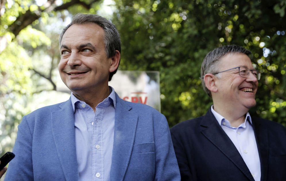Foto: José Luis Rodríguez Zapatero, acompañado por el presidente valenciano, Ximo Puig, en la clausura de la Escola d'Estiu del PSPV en Valencia, este 3 de septiembre. (EFE)