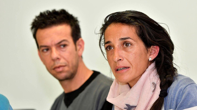 Los padres del niño Gabriel Cruz, Patricia Ramírez y Ángel Cruz  comparecen ante los medios en rueda de prensa. (EFE)