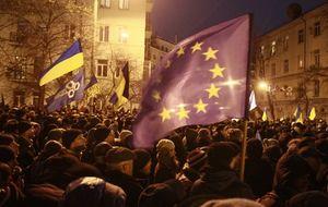 Ultraderechistas, profesionales, comunistas... los oponentes de Kiev