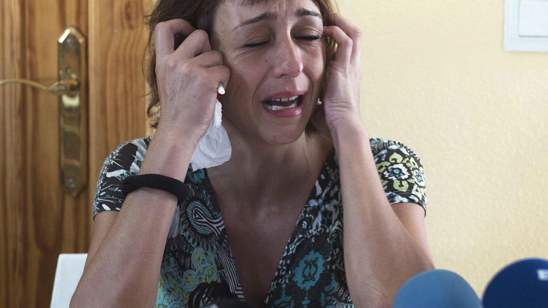 Juana Rivas, la mujer maltratada que debía entregar a sus hijos, huye del pueblo