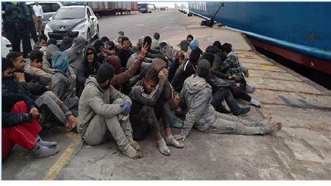 150 inmigrantes en el puerto de Melilla