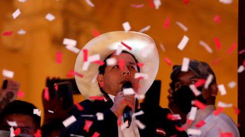 Pedro Castillo es proclamado presidente de Perú, el primero surgido lejos de las élites