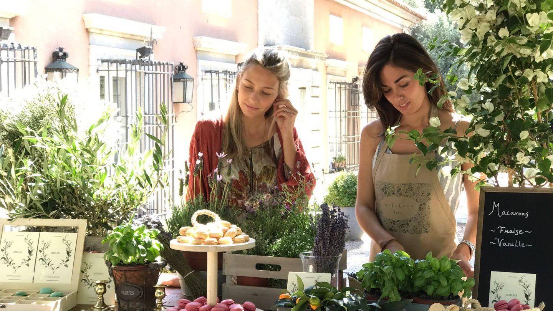 María Redón y Claudia Rodríguez, ayer, en un evento en La Casa de Mónico, en Madrid.