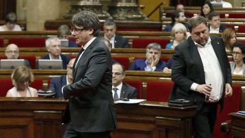 El TC desoye a la Generalitat y mantiene suspendida la ruptura exprés