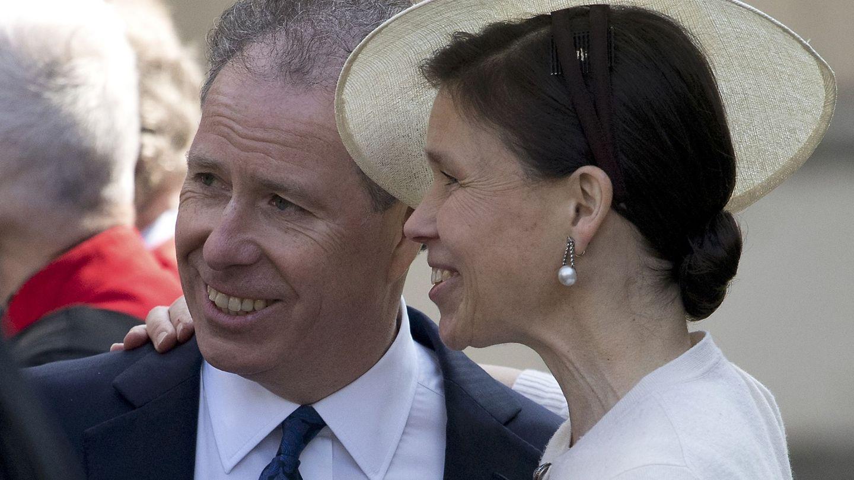 David Armstrong-Jones y su hermana Sarah Chatto, en una imagen de archivo. (Reuters)