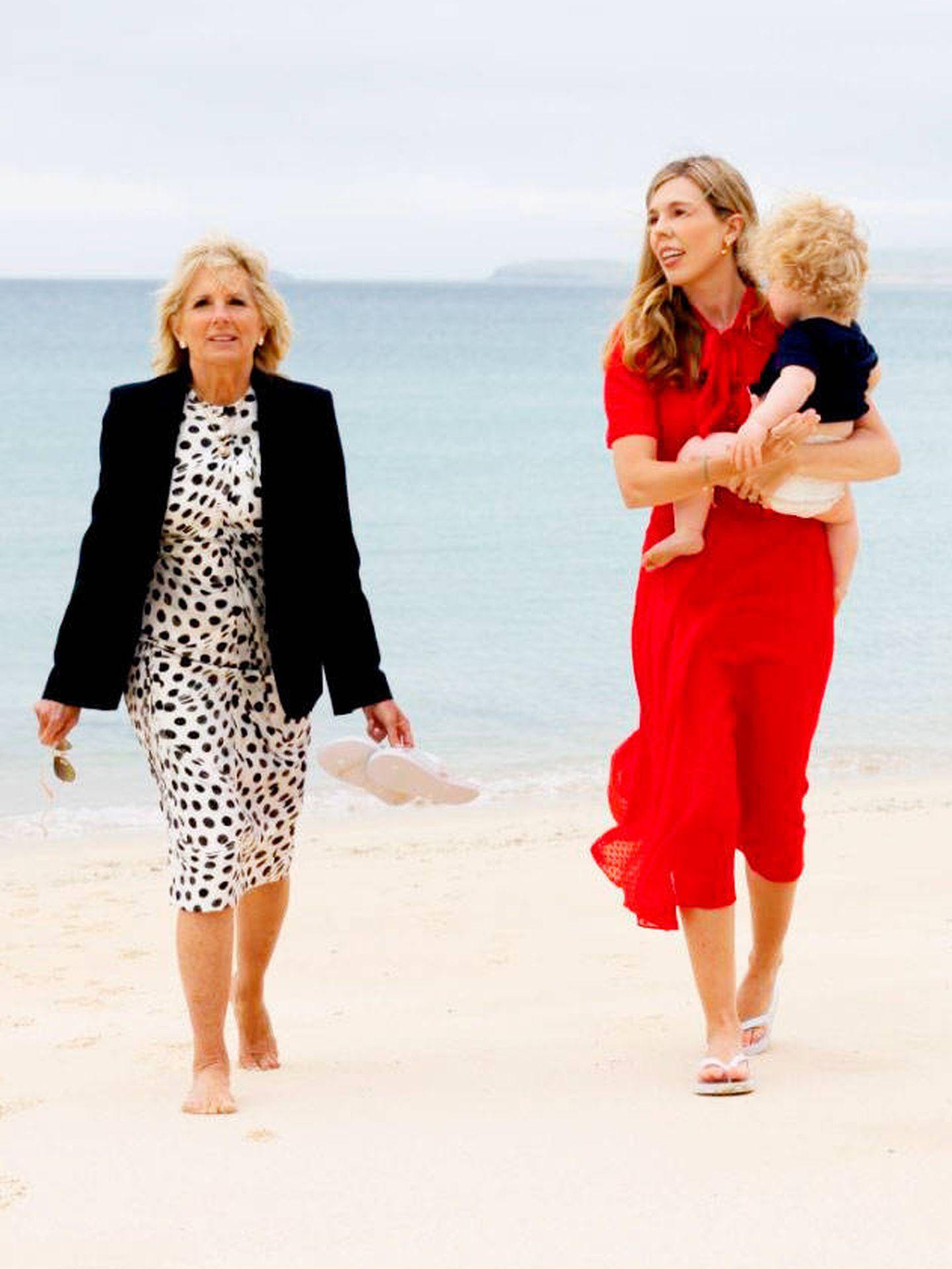 Una imagen para la posteridad protagonizada por las dos primeras damas. (Simon Dawson / Nº10 Downing Street)