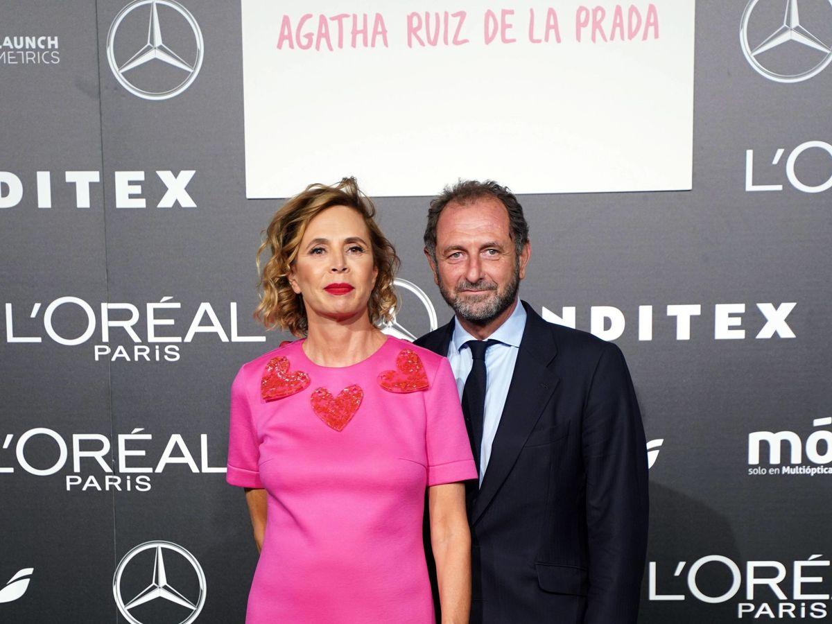 Foto: Agatha Ruiz de la Prada y Luis Gasset. (CP)