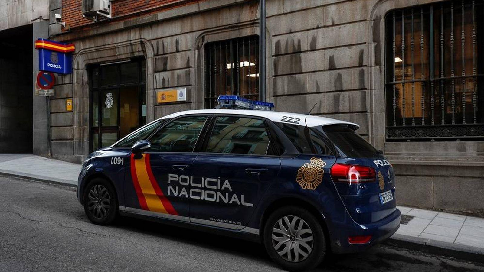 Foto: Un coche de la Policía Nacional (Reuters).