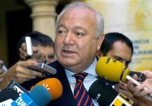 Moratinos asegura que la Mezquita de Córdoba seguirá siendo sólo para culto católico