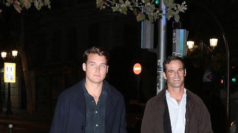 José Bono y Aitor Gómez: la celebración familiar de la pareja de moda