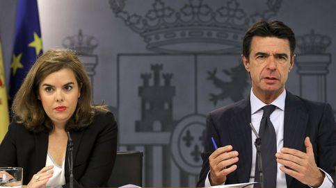 Soraya y Soria se rinden en la última batalla con las TV a semanas del 20-D