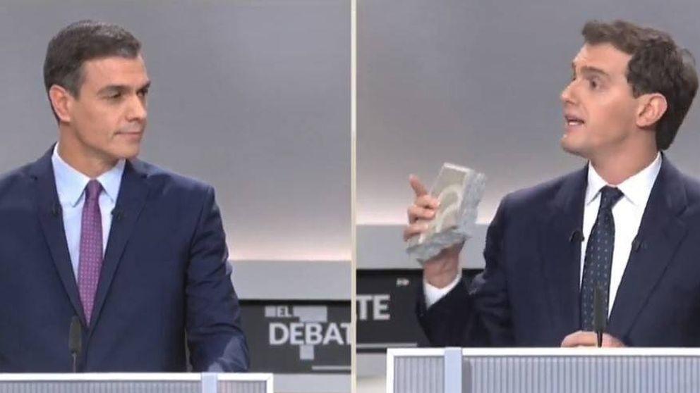 Del adoquín al chiringuito y el lapsus de Iglesias: los seis vídeos clave del debate