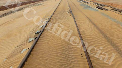 En imágenes: La arena invade tramos del AVE Medina-La Meca