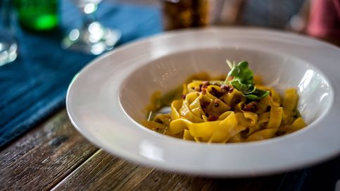 Linguini con garbanzos crujientes y romero. Te vas a sorprender