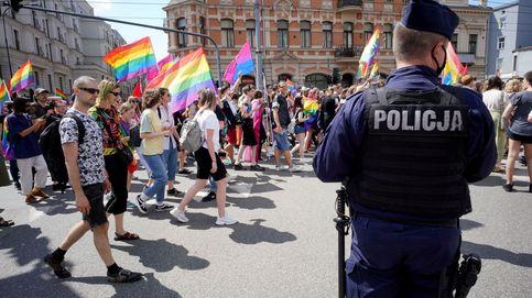 Ser gay en Polonia: olvídese del arcoíris, aquí todo es blanco y negro