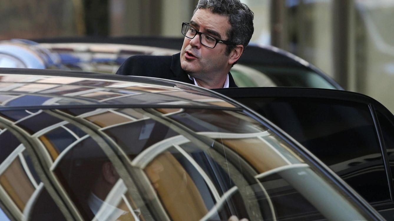 Martín-Artajo vuelve a vivir a Londres tras zanjar el caso de la 'ballena azul'