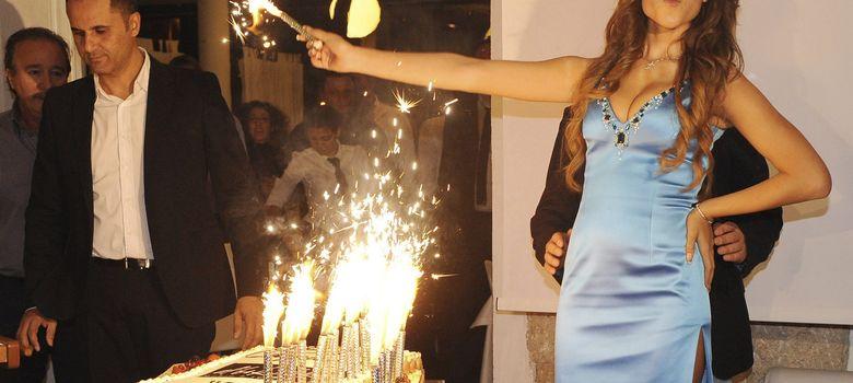 Foto: Fotografía de archivo de 2010 de la joven marroquí Karima El Marough durante una fiesta en Génova (Efe).