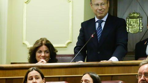 Revés a Casado: el diputado que sustituye a Soraya declarará como investigado el 19