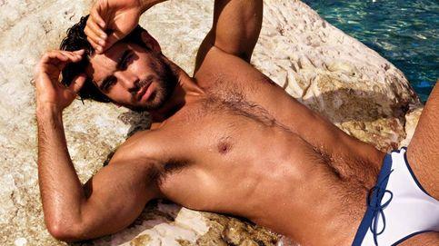 Rubén Cortada hace promoción de 'El príncipe' con un desnudo integral