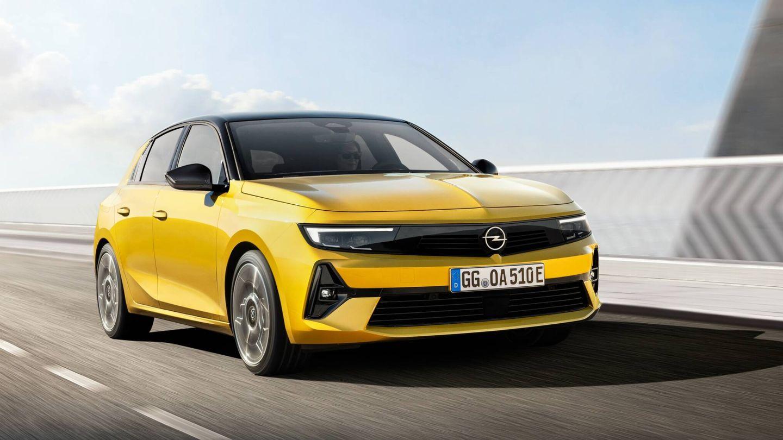 Como los últimos modelos de la marca alemana presentados, el nuevo Opel adopta ya el frontal con diseño Opel Vizor.