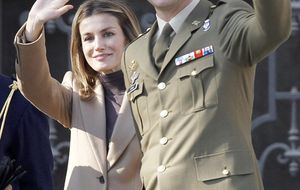 Los príncipes de Asturias promocionan el relevo de la Guardia Real