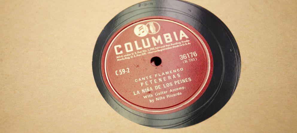 Foto: Uno de los discos de La niña de los peines, del archivo Valderrama. (Fotos: Enrique Villarino)