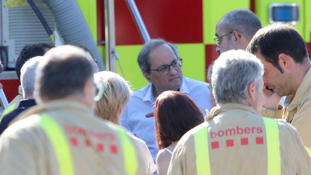 Foto: Quim Torra visita la zona afectada por el fuego en Tarragona. (EFE)