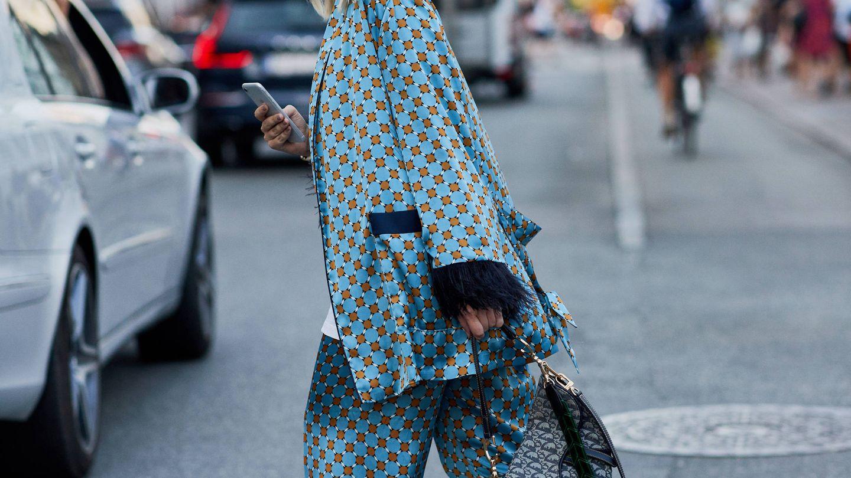 El look de pijama toma las calles. (Imaxtree)