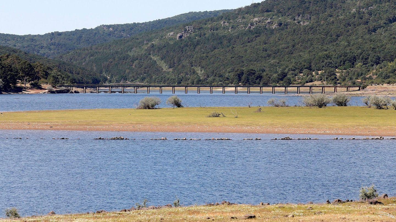 La sequía sigue avanzando ante el desdén institucional. (EFE)