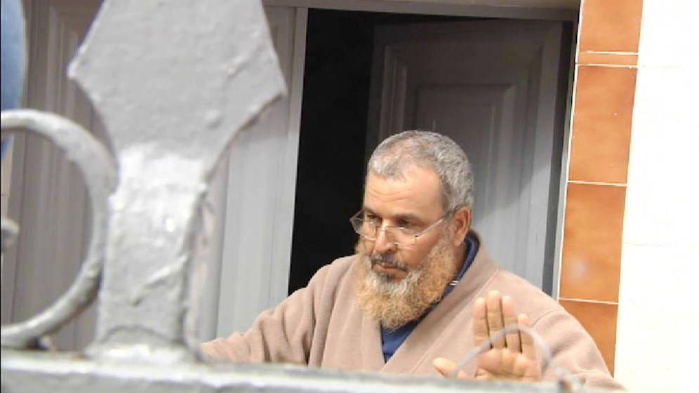 Foto: El padre imán del yihadista de Sevilla. (Atlas)