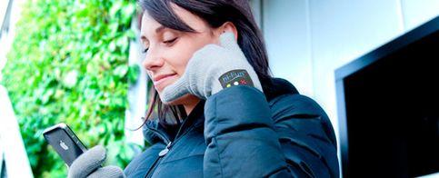 Japón se rinde a unos guantes-smartphone de fabricación italiana