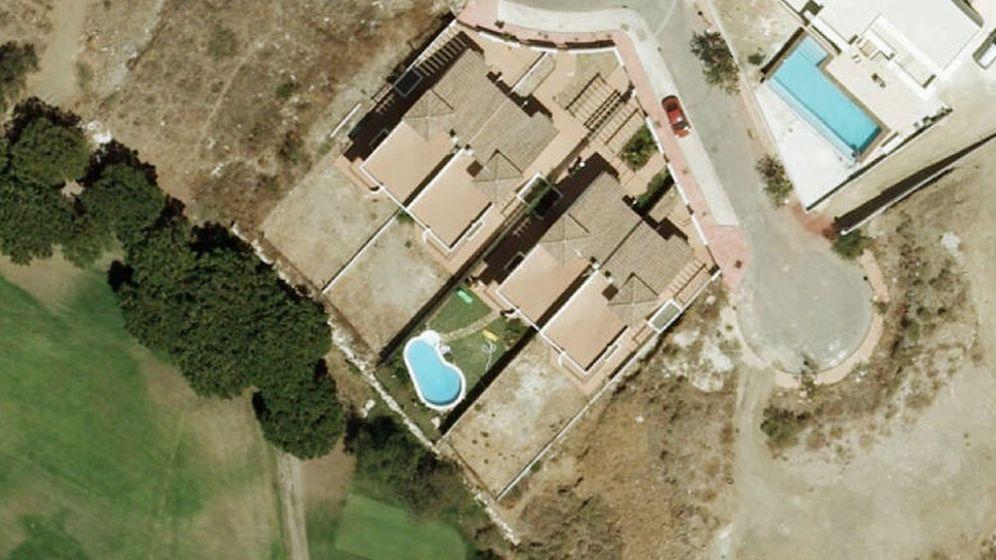 Foto: Foto aérea de la piscina ilegal (en el centro de la imagen) de Francisco Conejo, el 'número tres' del PSOE andaluz.