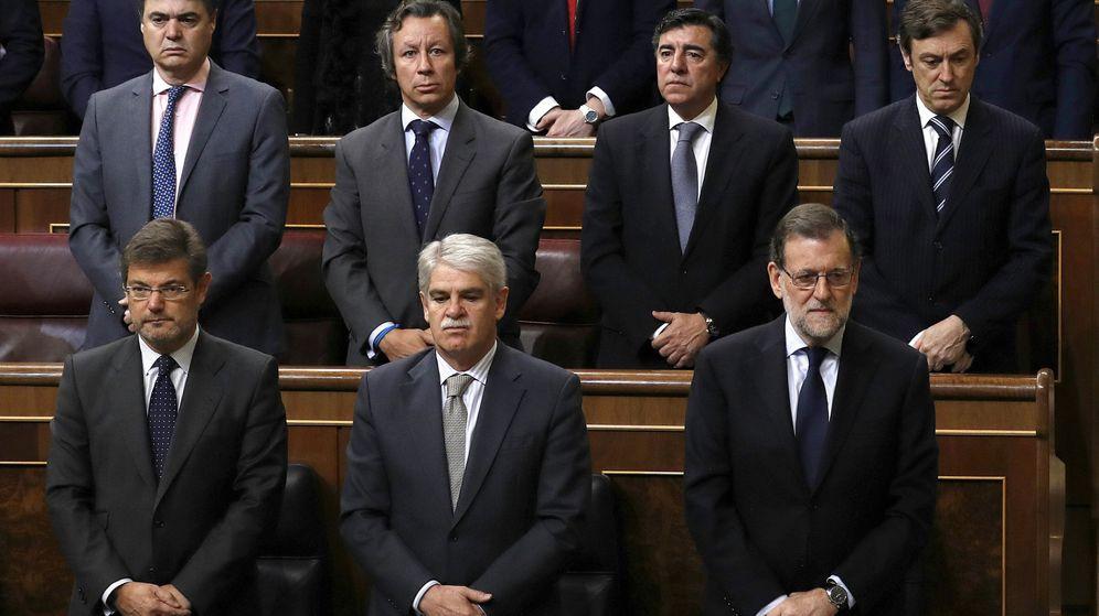 Foto: Minuto de silencio en el Congreso. (Efe)