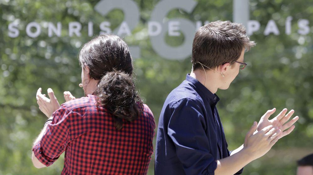 Foto: El líder de Podemos, Pablo Iglesias (i), y el director de campaña y número dos del partido, Íñigo Errejón. (EFE)